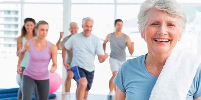¿Qué beneficios podemos esperar del ejercicio físico en la tercera edad?