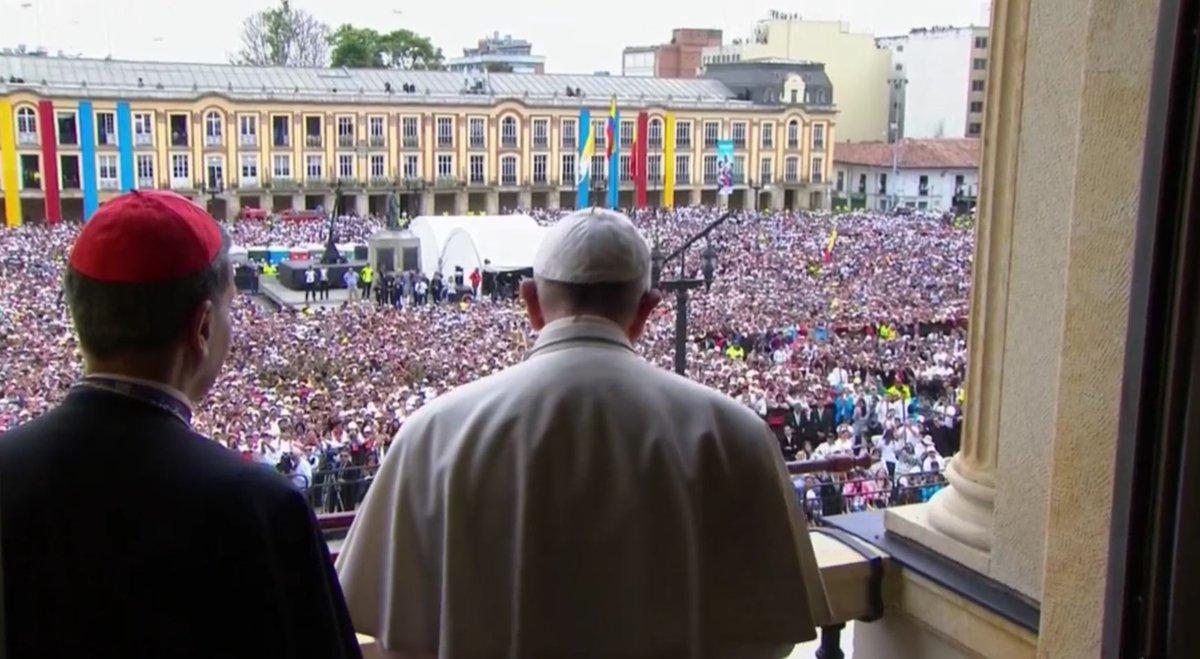 """El Papa denuncia la precariedad laboral, que provoca """"temor e incertidumbre"""" entre los jóvenes"""