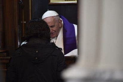 El Papa pide a los curas que no amenacen en el confesionario