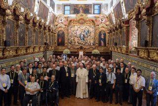 El Papa confiesa que cada viernes se reúne con víctimas de abusos sexuales
