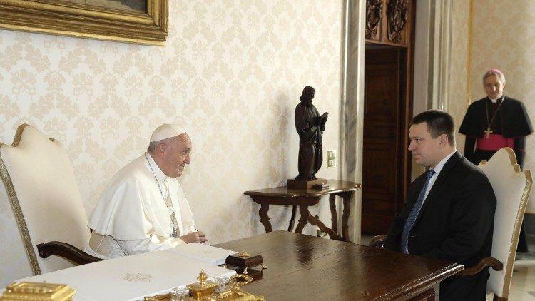 El Papa se reúne con el primer ministro de Estonia