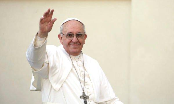 El Papa visita Molfetta, por el aniversario de Don Tonino Bello