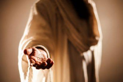 La mano tendida de Jesucristo