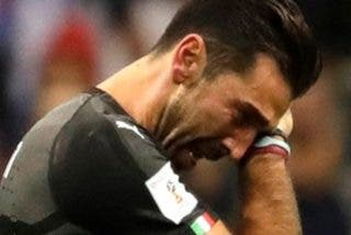 Gianluigi Buffon deja a la Juventus