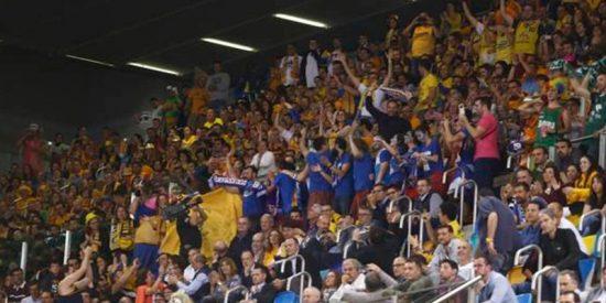 Lección de educación del Gran Canaria Arena a la afición independentista del Barcelona