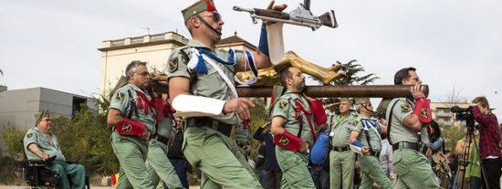 La sucia venganza de una cabreada Colau contra los veteranos legionarios