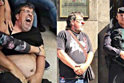 La Justicia da una pésima noticia al 'concejal payaso' que intentó burlarse de la Guardia Civil