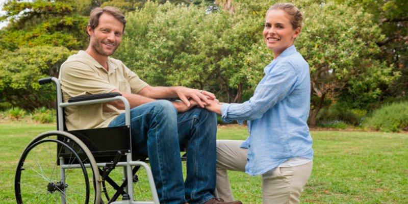 ¿Sabes cómo es la cirugía que devuelve la esperanza de caminar a pacientes parapléjicos?