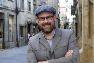 El pregonero del Carnaval de Santiago llama puta a la Virgen con ayuda del alcalde podemita