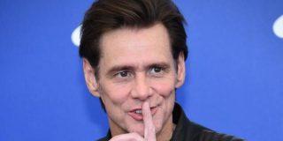 Jim Carrey escapa como alma en pena de Facebook y pide al resto de usuarios que se vayan de la red social