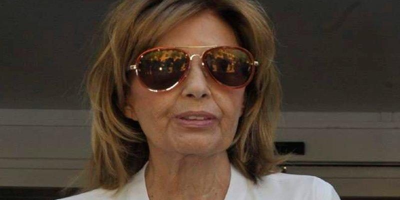 María Teresa Campos ya camina tras su operación