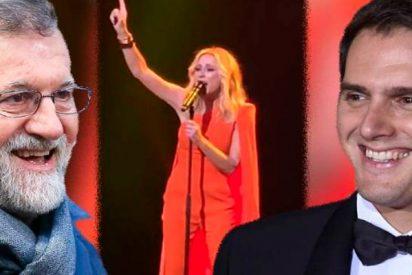 La ridícula competición entre Mariano Rajoy y Albert Rivera por ser el mayor fan de la patriota Marta Sánchez