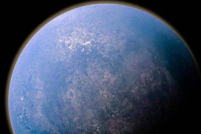 El telescopio Hubble capta cómo se disipa el vórtice oscuro de Neptuno