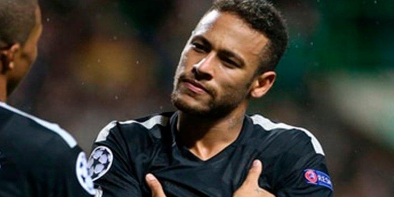 """""""Neymar tiene privilegios en el vestuario"""""""