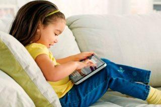 ¿Sabes cuáles son los efectos que tienen las pantallas en los ojos de los niños?