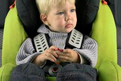 No dejes nunca a tu hijo con el abrigo puesto en el coche porque dispara los riesgos en caso de accidente