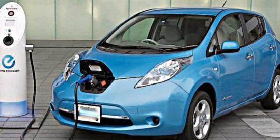 ¿A qué precio sale cargar a tope un coche eléctrico?