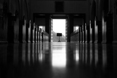 La Santa Sede valora la creación de macro-tribunales 'antipederastia' en todo el mundo