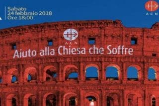 El Coliseo se iluminó de rojo para recordar a los perseguidos por su fe