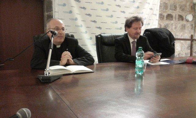 Roma confirma la condena de un curial por acoso sexual y pornografía infantil