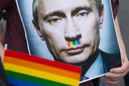"""El misterioso vídeo que levanta ampollas: """"¡Vota a Putin o te obligarán a tener sexo con un gay!"""""""