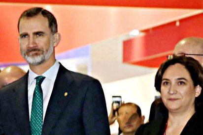 """El Rey de España a 'Nada' Colau: """"Yo estoy para defender la Constitución y el Estatut"""""""