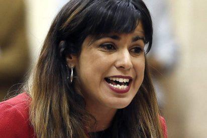 """La descastada Teresa Rodríguez exige que la traten de usted: """"Soy una autoridad"""""""