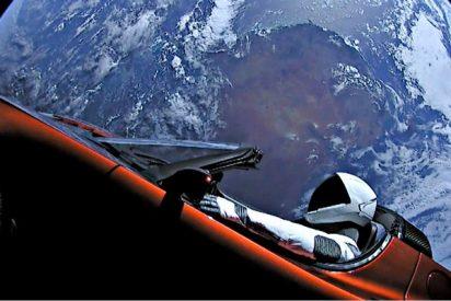 El Tesla de Starman ya tiene matrícula interplanetaria: 2018-017A