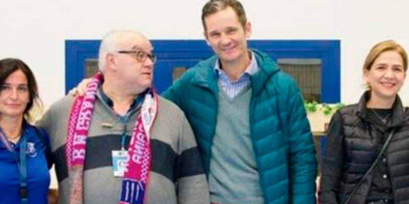 Iñaki Urdangarin reaparece sonriente a un mes de su posible entrada en el talego