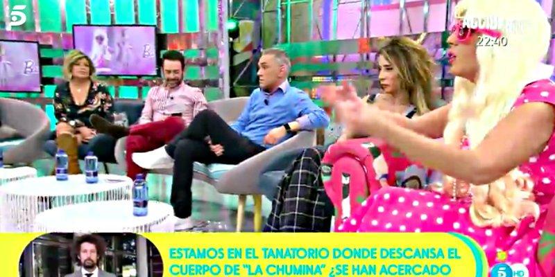 """Kiko Hernández suelta una bronca en directo a Anabel Pantoja por """"la falta de respeto"""" en 'Sálvame'"""