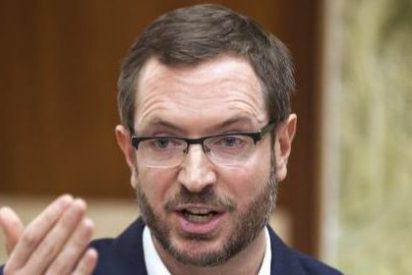 El ministro Montoro acepta que los pensionistas con rentas de hasta 17.000 euros no paguen el IRPF
