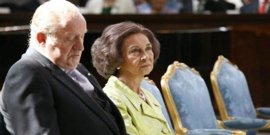 El inesperado gesto del rey Juan Carlos que deja bizca de asombro a Doña Sofía