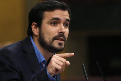 Garzón sufre un totalitario ataque de desmemoria con la cadena perpetua y Twitter le aplica dosis de espabilina