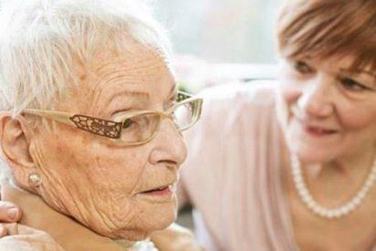 Logran eliminar las placas de Alzheimer en ratones