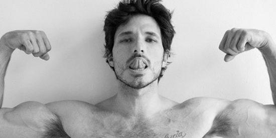 Andrés Velencoso ficha por 'Velvet Colección'