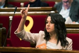 El brutal varapalo de Arrimadas a la violenta alcaldesa de Gerona