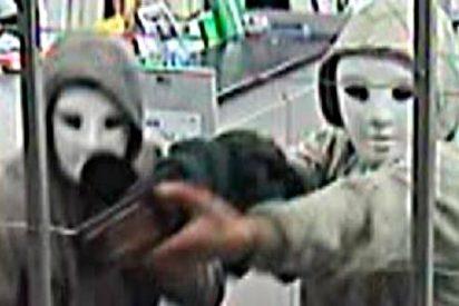 Atracadores acribillados sin piedad en pleno asalto