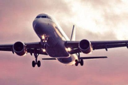 Así aterriza de emergencia el avión de Air Canada tras aparecer humo a bordo