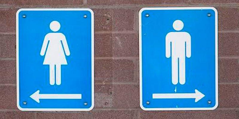 ¿Sabes que cinco cosas no debes tocar nunca en los baños públicos?