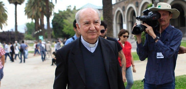 """Juan Carlos Claret, al cardenal Errázuriz: """"Me indigna su intento de lavarse las manos"""""""