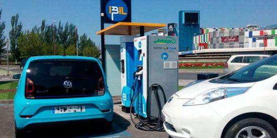 ¿Sabías que un coche eléctrico puede suponer un ahorro de 29.000 euros en ocho años de vida útil?