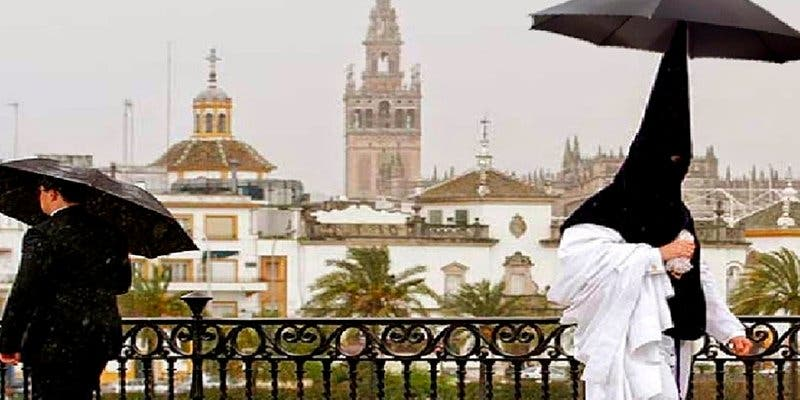 Coge el paraguas y el chubasquero porque te va a llover esta Semana Santa