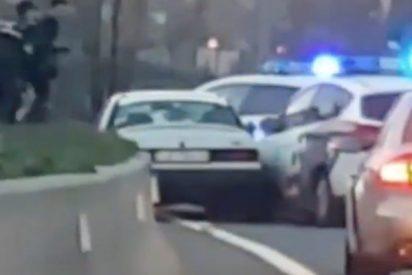 Así fue la violenta detención a porrazos de dos salvajes criminales en plena autopista de Madrid