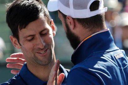 Djokovic y Paire se parten de risa por un error del juez de silla