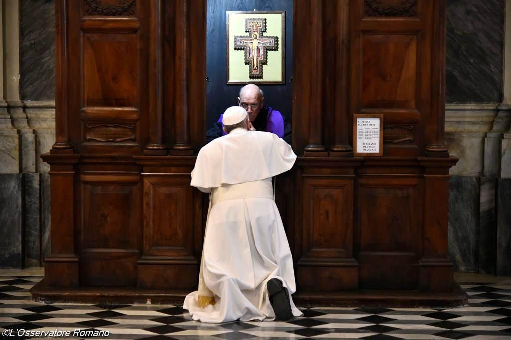 """Francisco: """"No vayamos a la confesión como a la tintorería"""""""