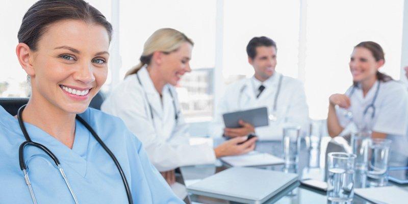 Los consejos de Enfermería y Fisioterapia se unen en beneficio del paciente