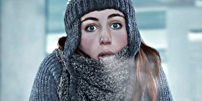 Las mujeres son más frioleras que los hombres y hay una explicación científica