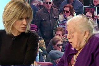 Griso le mete el miedo el cuerpo a la anciana 'engañada' por Podemos y los medios progres se ponen de uñas