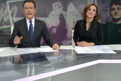 El rap de Matías Prats en directo que deja a Mónica Carrillo de una pieza