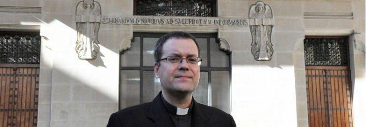 """Jesús Vidal: """"Se necesitan muchos más sacerdotes para llevar el Evangelio a todos los rincones"""""""